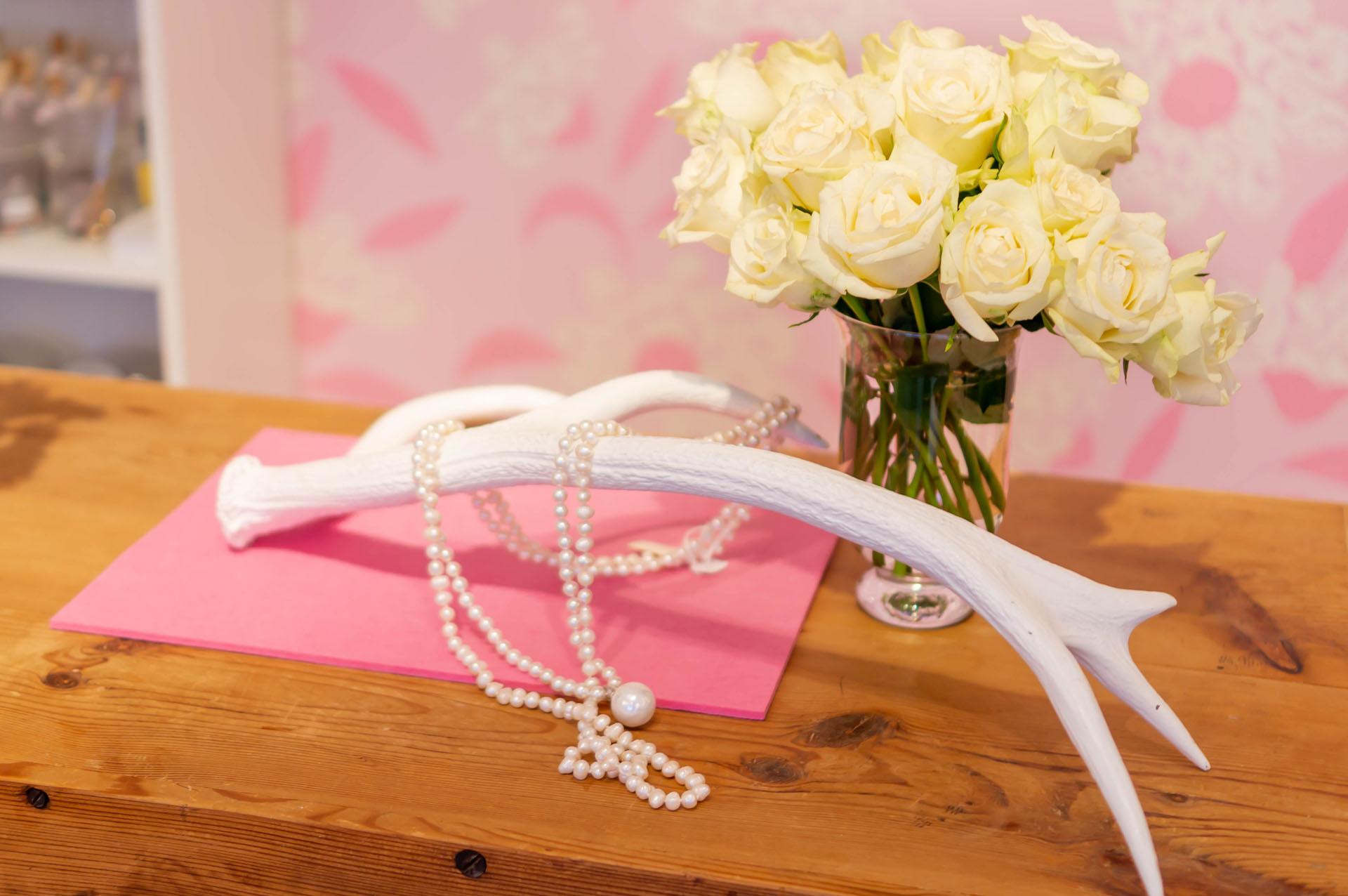 Perlenzimmer Essen - Perlenkette