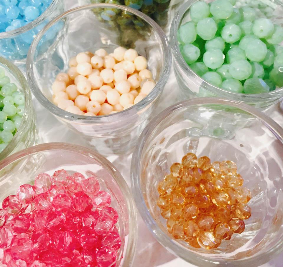 Böhmische Glasperlen